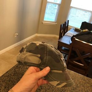 Accessories - Cowboys NFL swavorski star crystal hat camo